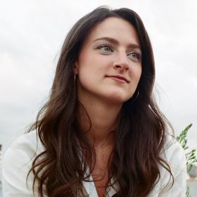 Emily Holtzman '18